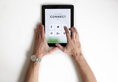 gestion réseaux sociaux facebook linkedin instagram google business